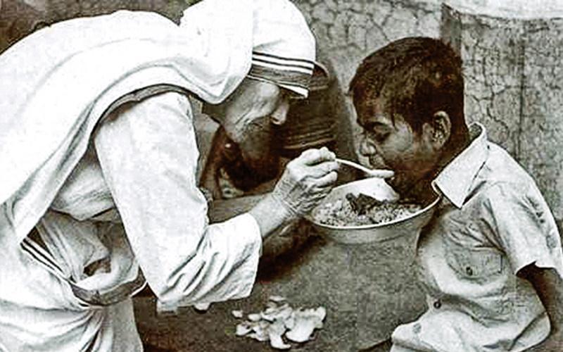 Berbelas Kasih, Belajar dari Yesus dan Bunda Teresa
