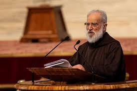 Pengkhotbah Kepausan Kardinal Raniero Cantalamessa Tidak akan Ditahbiskan jadi Uskup
